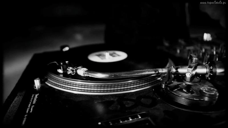 100813_gramofon_plyta